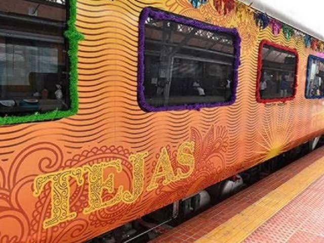 देश की पहली निजी ट्रेन तेजस ने हर दिन 17 लाख रु. कमाए, जबकि ट्रेन की कई सीट रोज़ खाली जाती हैं