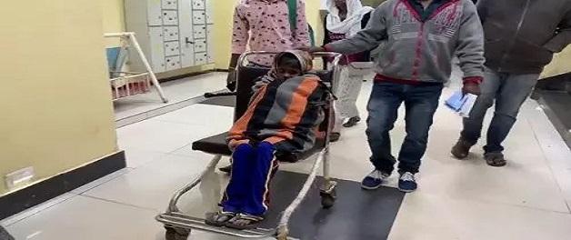 7 वर्षीय बच्ची का शरीर पेड़ की छाल में हो रहा तब्दील, दुर्लभ बीमारी का सरकार कराएगी इलाज
