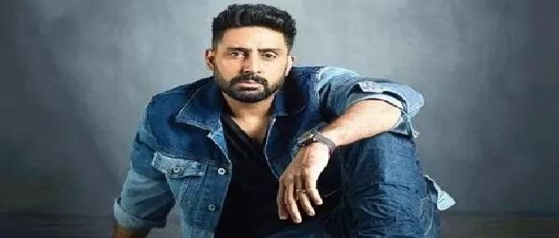 बचपन में इस भयंकर बीमारी से पीड़ित थे Abhishek Bachchan, फिल्में फ्लॉप होने पर बन गए थे LIC एजेंट
