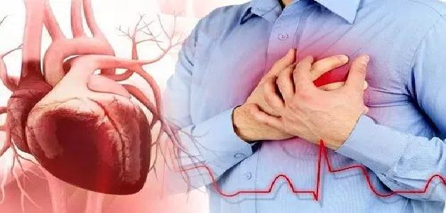 Heart Attack: तुरंत नहीं आता हार्ट अटैक, इतने महीने पहले मिलते हैं संकेत