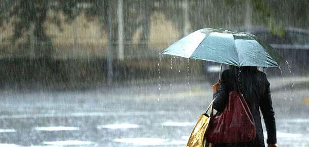 भोपाल में शुरू हुई तेज बारिश, महज 1 घंटे में ही 2 डिग्री नीचे आया तापमान