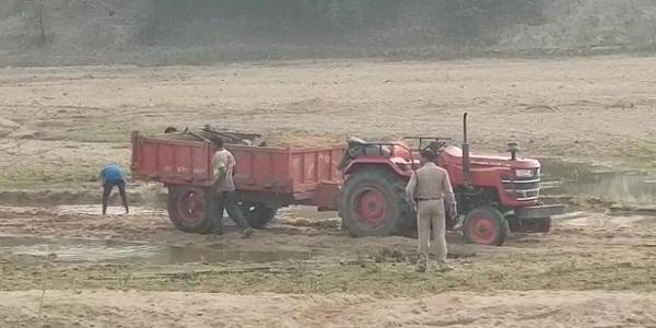 लॉकडाउन में भी रेत माफियाओं को हो रहा जमकर फायदा, हर रोज होता है लगभग 100 हाइवा रेत का अवैध उत्खनन