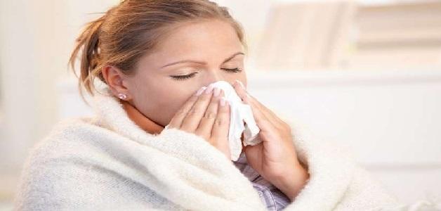 कोरोना काल में अगर हो गई है सर्दी-खांसी, तो बिल्कुल भी ना घबराएं, अपनाएं इन उपायों को