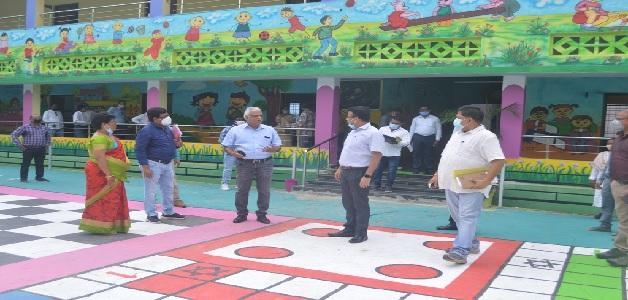 प्रमुख सचिव आलोक शुक्ला ने मोहल्ला क्लास का किया निरीक्षण, पढ़ाई तुहंर दुआर कार्यक्रम का लिया जायजा
