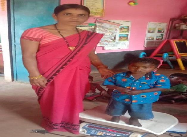 जन्म से कुपोषित मनीष के लिए वरदान बना मुख्यमंत्री सुपोषण अभियान, आंगनबाड़ी की देखरेख से सुधरी सेहत