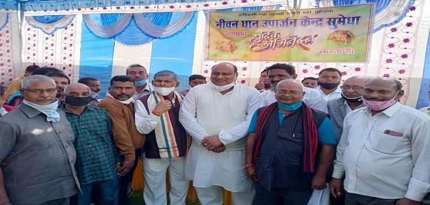 धान खरीदी केन्द्रों में किसानों को सभी आवश्यक सुविधाएं देने का प्रयास: मंत्री जयसिंह अग्रवाल