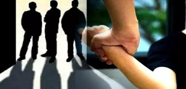 नाबालिग लड़की के साथ की गई हैवानियत, गैंगरेप कर उसके घर के पास छोड़कर फरार आरोपी