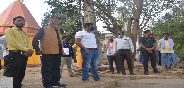 हस्तशिल्प विकास बोर्ड के अध्यक्ष ने चपका स्थित प्रसिद्ध शिव मंदिर का किया अवलोकन