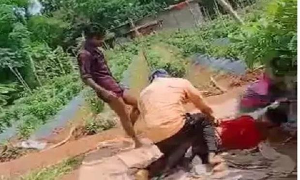 सरगुजा में दबंगई का Video वायरल, नाबालिग को बांधकर सरेआम लाठी-डंडे से खूब पीटा