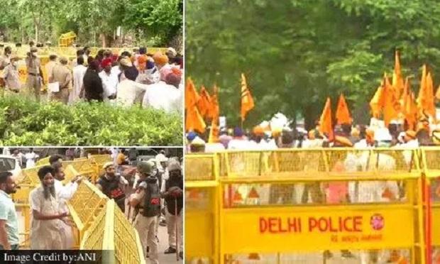 कृषि कानूनों के विरोध में SAD ने निकाला मार्च, हरियाणा से दिल्ली आने वाले सभी रास्ते बंद