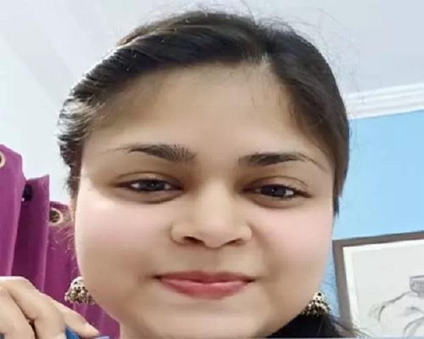 भोपाल फिर गौरवान्वित, श्रेया चौरसिया को गिनीज से मिले सर्टिफिकेट और मेडल