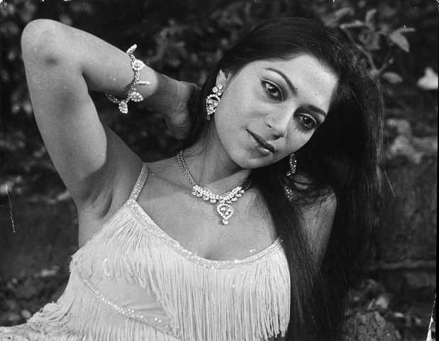 Bold Actress Simi Garewal से जुड़े किस्से